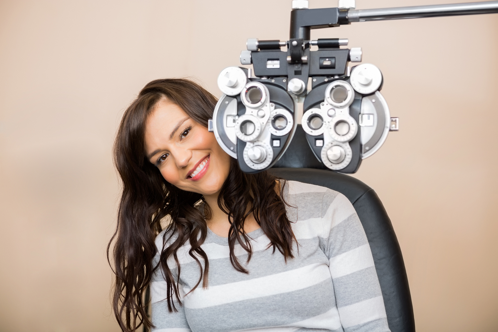 Eye & vision exams are a critical part of maintaining your eye health. Come see our ophthalmologist in Phoenix for a comprehensive eye exam; call us today!